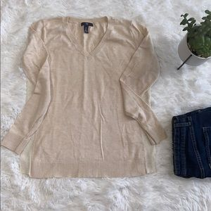 GAP V-Neck Sweater